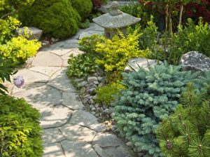 Weaving Flagstone Path in Front Yard
